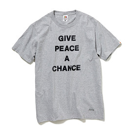 HEAD PORTER PLUS, FRUIT OF THE LOOM - GIVE PEACE A CHANCE TEE GREY