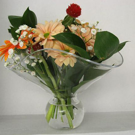 JUNIO - flower vase -bouquet-