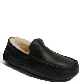 UGG - Ascot Lether slipper