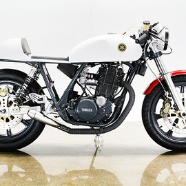Yamaha -  SR500 by Lossa Engineering