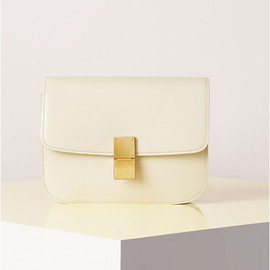 CELINE - CLASSIC MEDIUM IN BOX CALFSKIN IVORY
