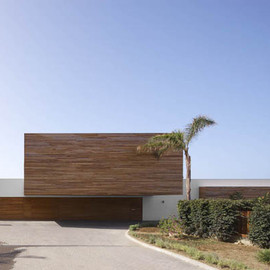 Susanna Cots - Wood-Cladded Dream Home in Almunecar