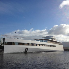 Phillipe Starck - Steve Jobs yacht