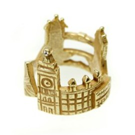 Lilou - WORLD RING / england