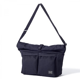 "HEAD PORTER - ""BANFF"" SHOULDER BAG (L) BLACK"