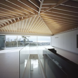 APOLLO Architects & Associates - Le 49, Mount Kamakura, Japan