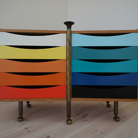 Finn Juhl - double chest
