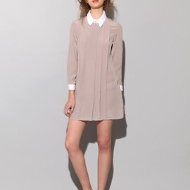 tba - Fan collar silk dress