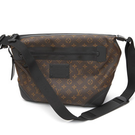 Louis Vuitton - Monogram Shoulder Bag