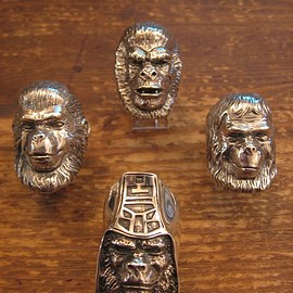 A BATHING APE, CRAZY PIG - Planet of the APES Silver Ring
