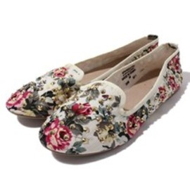 TOPSHOP - TOPSHOP SHOES(トップショップ シューズ)のVECTRA5 FLORAL STUD SLIPPERS(パンプス)|クリーム