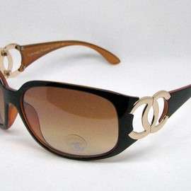CHANEL - Chanel black gold cc frame brown lens sunglasses