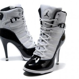nike - Women''s Air Jordan 6 Rings High Heels White Black