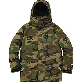 Supreme - Uptown Down Parka Woodland Camo