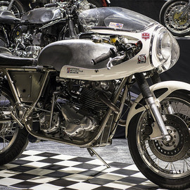 Norton - Cafe Racer
