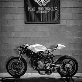 Plan B Motorcycles - The Ugly Duck / Ducati Multistrada 1000ds