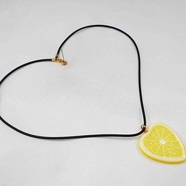 Fake Food Japan - Tranche de citron (en Forme de Cœur) Collier