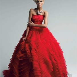 Christian Dior - Anja Rubik in Dior by Patrick Demarchelier | Vogue Japan | May 2012