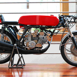 Honda RC166 model motorcycle