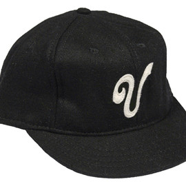 Ebbets Field Flannels - Victoria Bees 1911 Fitted Baseball Cap