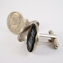 YOUgNeek - Secret Compartment Cufflinks