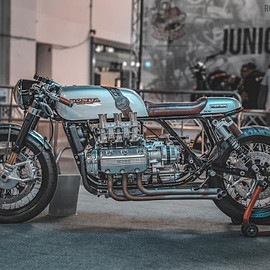 Dragon's Motorcycles - Honda 1500 Super Sport