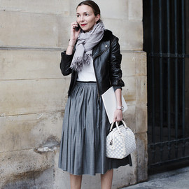 http://www.thesartorialist.com/photos/my-favorite-looks-at-louis-vuitton-paris/