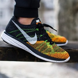 "nike - Nike Flyknit Lunar 3 ""Black/Total Orange"""