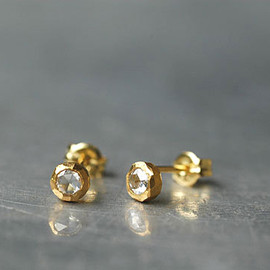 source - Rosecut Diamond Earring