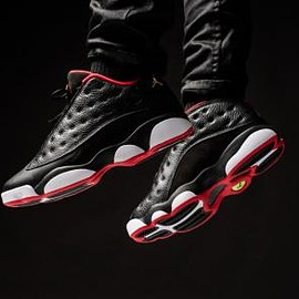 NIKE - NIKE AIR JORDAN 13 RETRO LOW BLACK/METALLIC GOLD-UNIVERSITY RED-WHITE