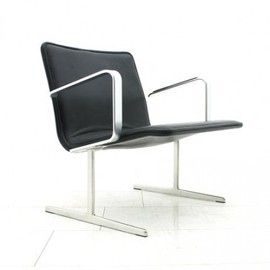 Vitsoe - RZ 602 Lounge Chair by Dieter Rams