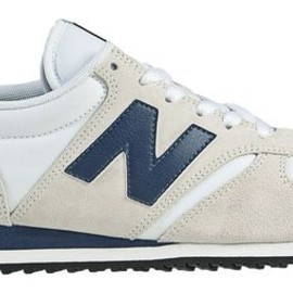 New Balance - New Balance 420 - Beige with Navy & White