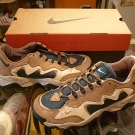"NIKE - 「<used>'95 NIKE AIR TERRA OUTBACK""FOOTLOCKER EXCULUSIVE"" beige/deepgreen size:US8/h(26.5cm) 5000yen」販売中"