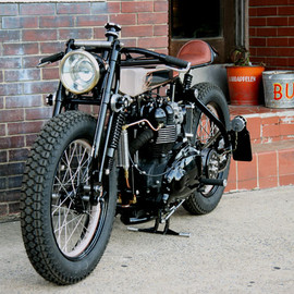 Triumph - TT Deluxe Café Racer by Jeremy Cupp of LC Fabrications
