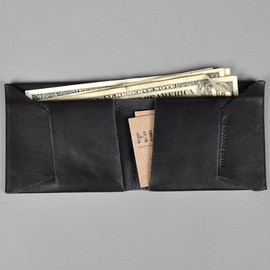 MAXX & UNICORN - BLACK LEATHER BI-FOLD WALLET