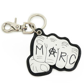 MARC BY MARC JACOBS - key ring こぶし
