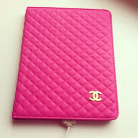 CHANEL - iPad_cover/hot pink