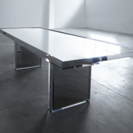 "Tokujin Yoshioka - Prism table for ""Glas Italia"""