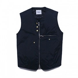 TAKAHIROMIYASHITA The SoloIst - collaless vest.