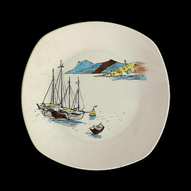Midwinter - 'Cannes' Plate by Hugh Casson