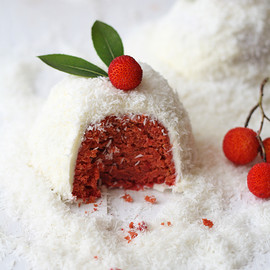 "Red velvet cake (natural, sin colorantes) - version ""igloo"""