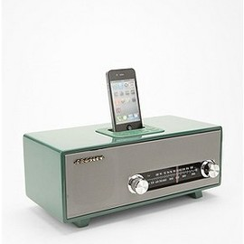 urban outfitters - Stereoluxe AM/FM Radio and MP3 Dock