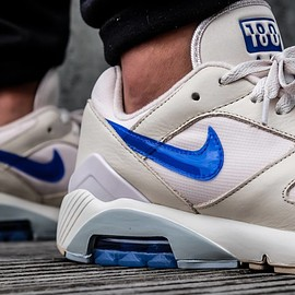 NIKE - Air Max 180 - Desert Sand/Racer Blue/Total Orange