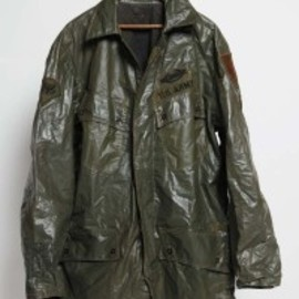 U.S. ARMY - waterproofing jungle jacket