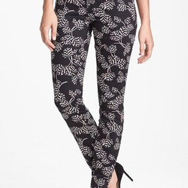 MARC BY MARC JACOBS - Tulip Print Skinny Stretch Jeans (Black Multi Rae Rae)