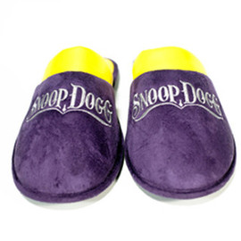Snooper Market - SNOOP DOGG HOUSE SLIPPERS PURPLE/YELLOW