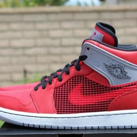 Nike - NIKE AIR JORDAN 1 RETRO '89 FIRE RED/BLACK-CEMENT GREY-WHITE