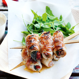 Donna Hay - chicken saltimbocca skewers with white bean puree