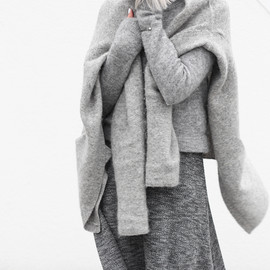 all_gray/cozy style