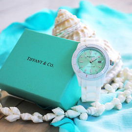 Tiffany & Co. - Aqua and shells